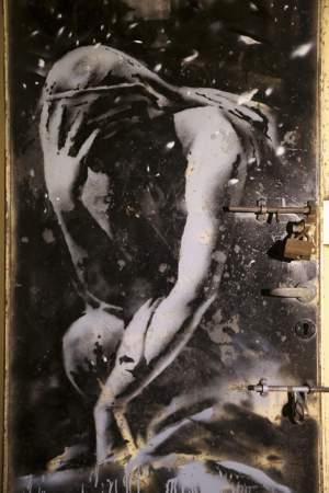 banksy_door